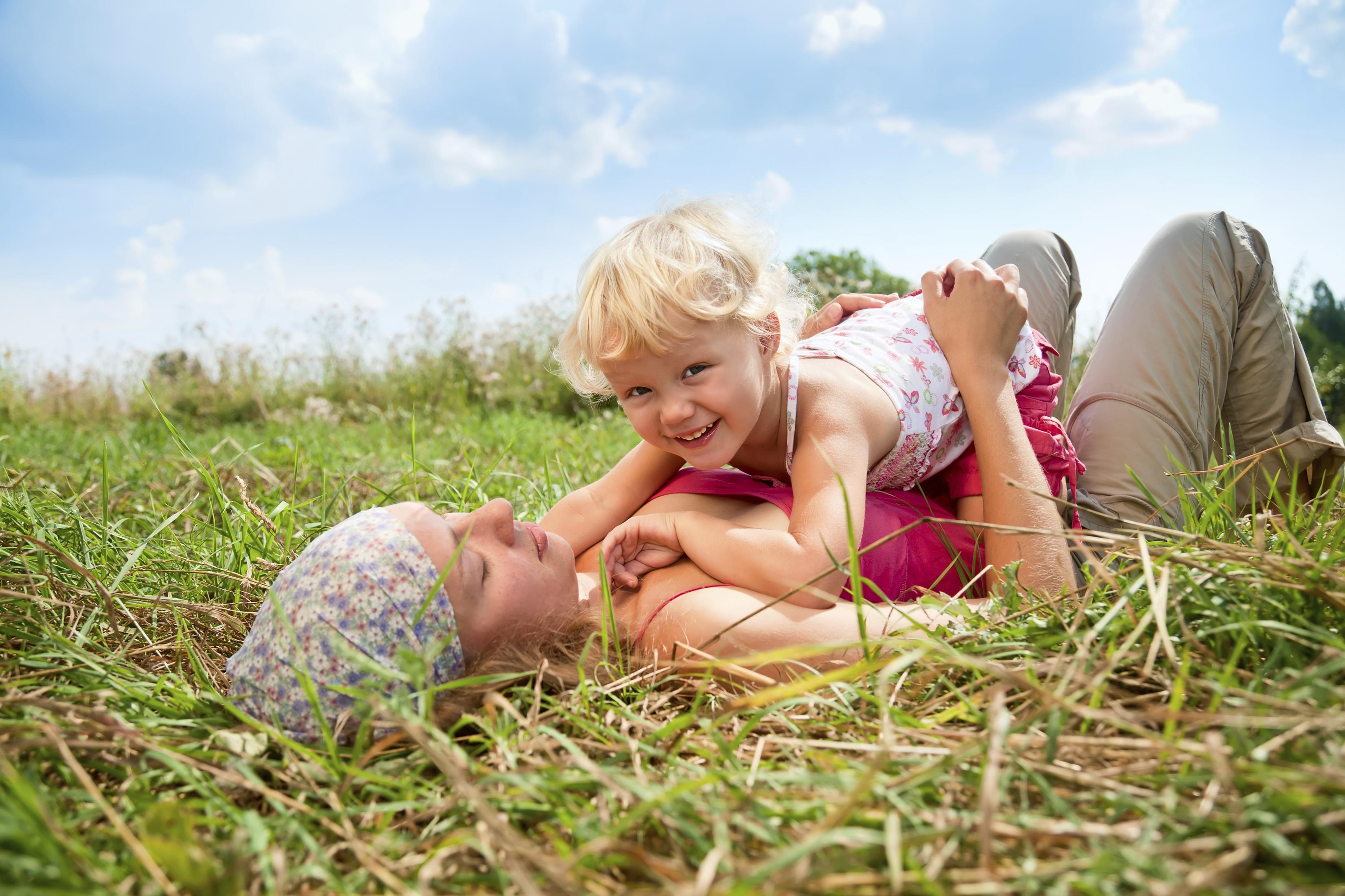 фото эротика мама с дочкой № 139013 без смс
