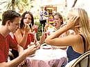 Nice_teenage_group_eating_SC